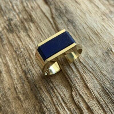 Zegelring geelgoud met lapis lazuli half massief