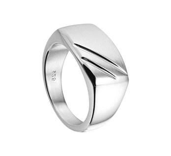 Zilveren dwarsmodel ring massief