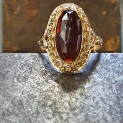 Geel gouden ring granaat